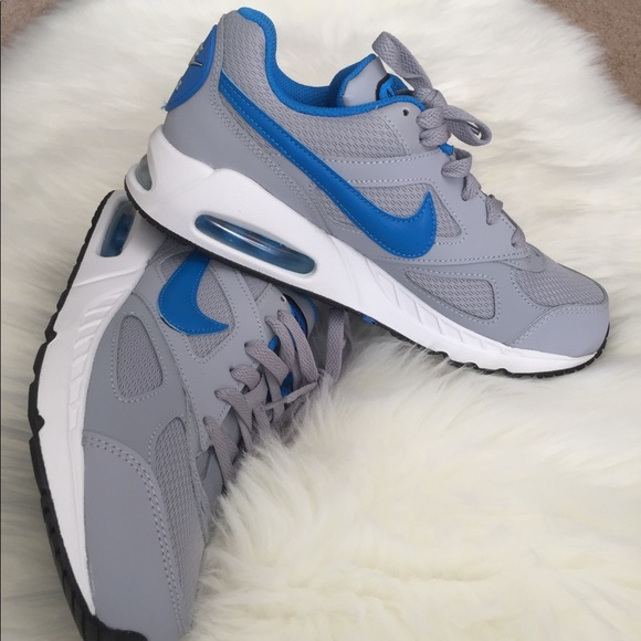 Nike Air Max Ivo Youth Size 6Y NEW NWT